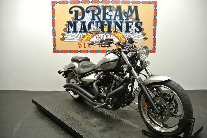 $7,950, 2012 Yamaha Raider XV19CBS