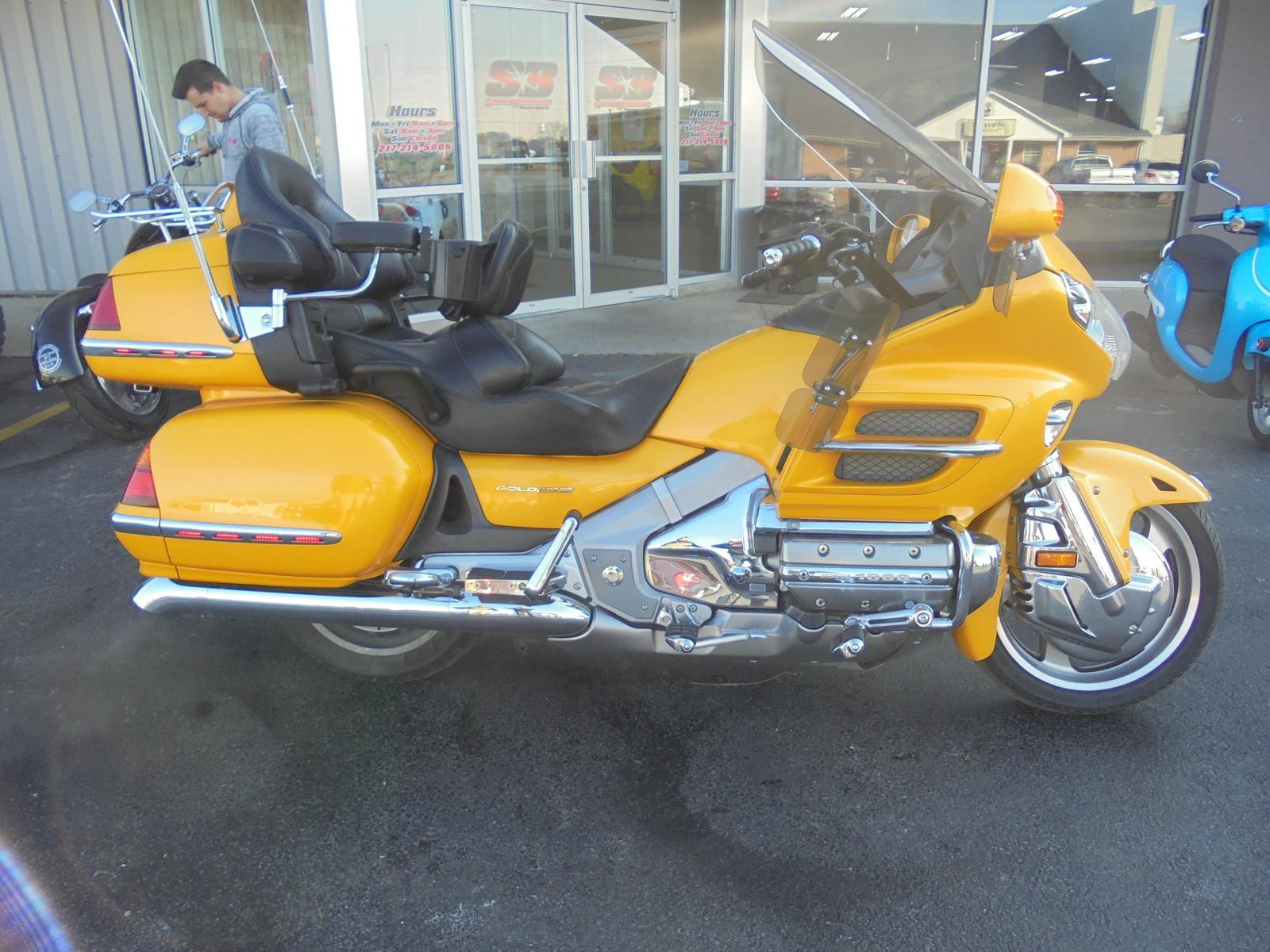 $8,499, 2003 Honda GOLDWING