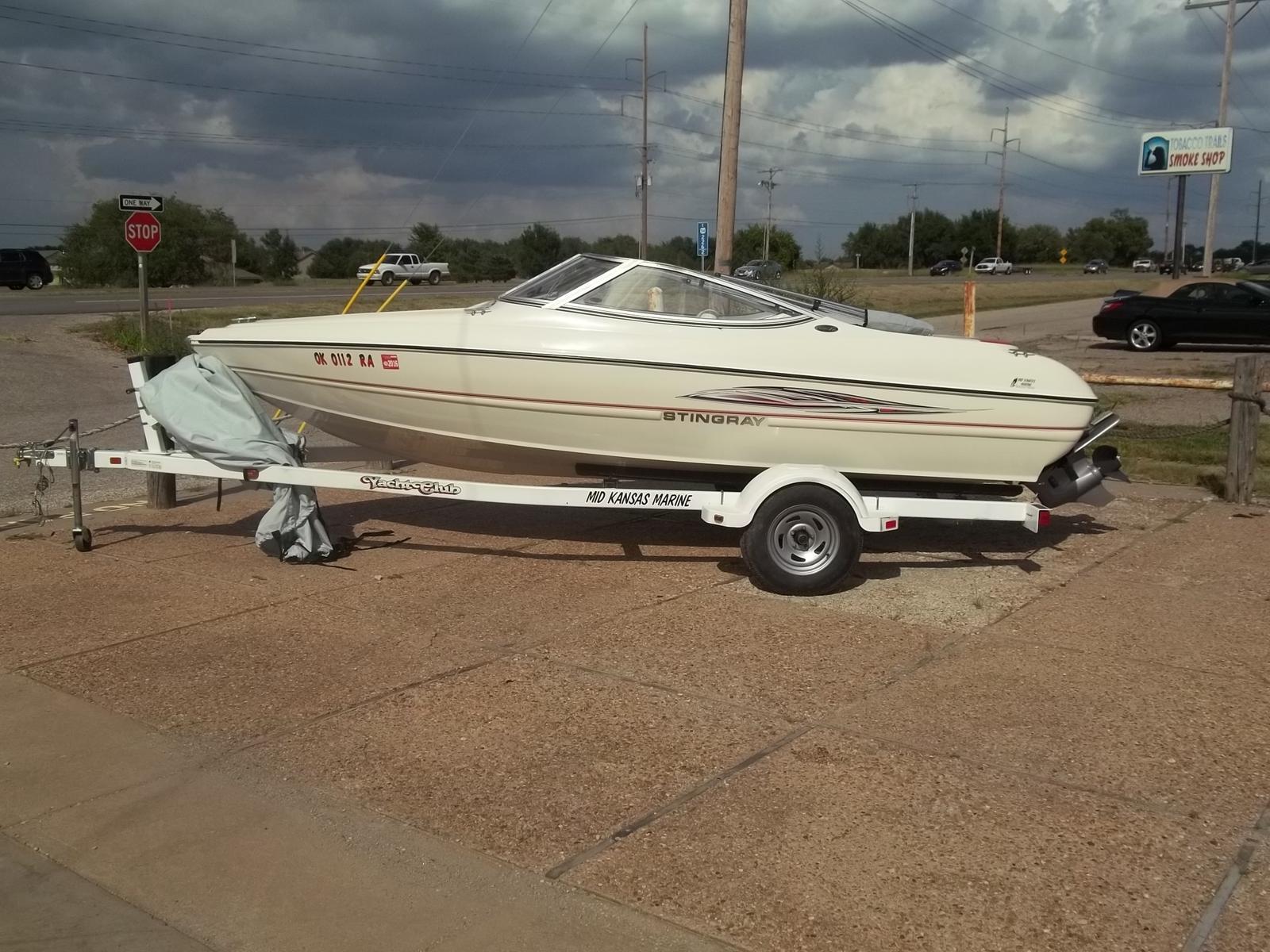 $13,495, 2009 Stingray Boats 180 RX