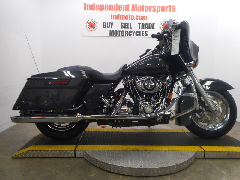 $13,995, 2008 Harley-Davidson Street Glide FLHX Streetglide Chrome Wheels