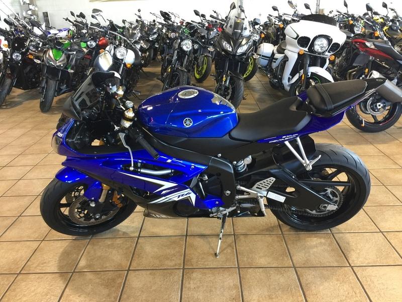 $6,599, 2009 Yamaha YZF R6