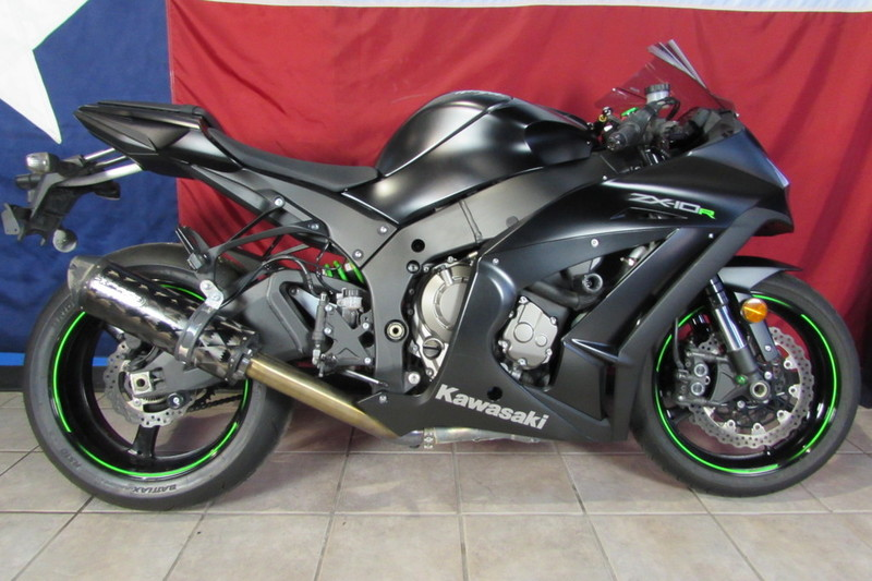 $11,499, 2015 Kawasaki Ninja ZX-10R