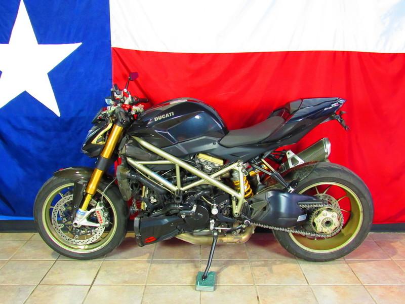 $9,990, 2010 Ducati StreetFighter S