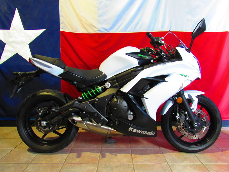 $6,140, 2015 Kawasaki Ninja 650 ABS