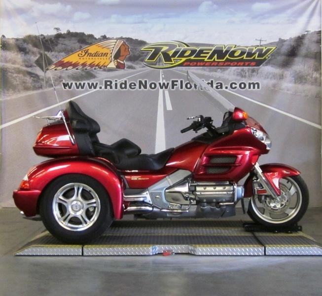$21,999, 2003 Honda Goldwing Trike
